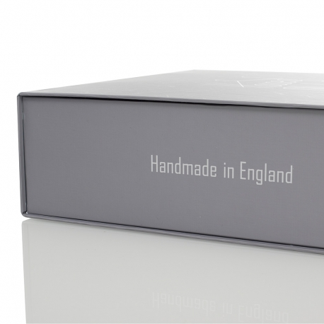 Bespoke Magnetic Seal Flat Pack Box Ref House Of Ollichon