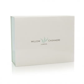 Luxury Magnetic Seal Card Box Ref Willow Cashmere