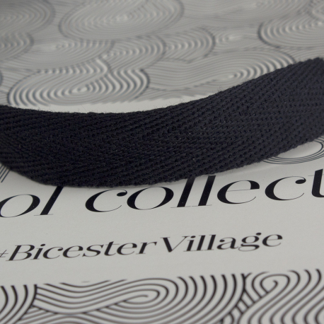 Luxury Ribbon Handle Paper Bags ref British Wool Collective